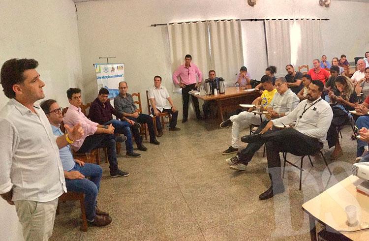 Visita autoridades ao Hospital Regional de Barra do Bugres