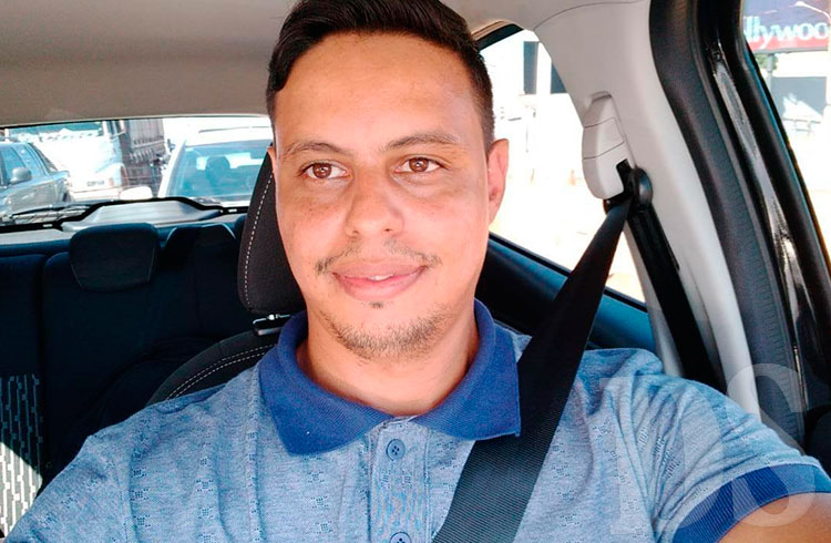 Deyvson Aguiar, motorista no Pop 69 em Tangará